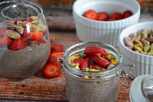 Strawberry-Chocolate-and-Roasted-Pistachio-Chia-Pudding-31-1